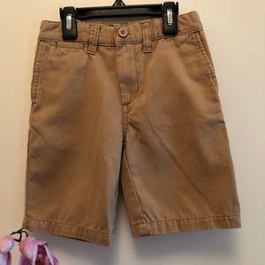 Class Club Boy's Khaki Shorts  Size 6